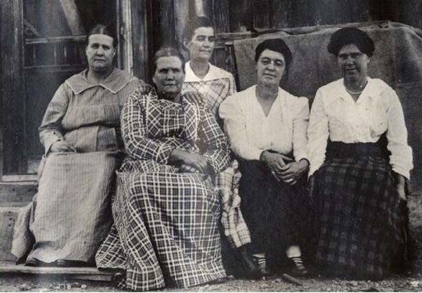 The Craw sisters of Pioche.